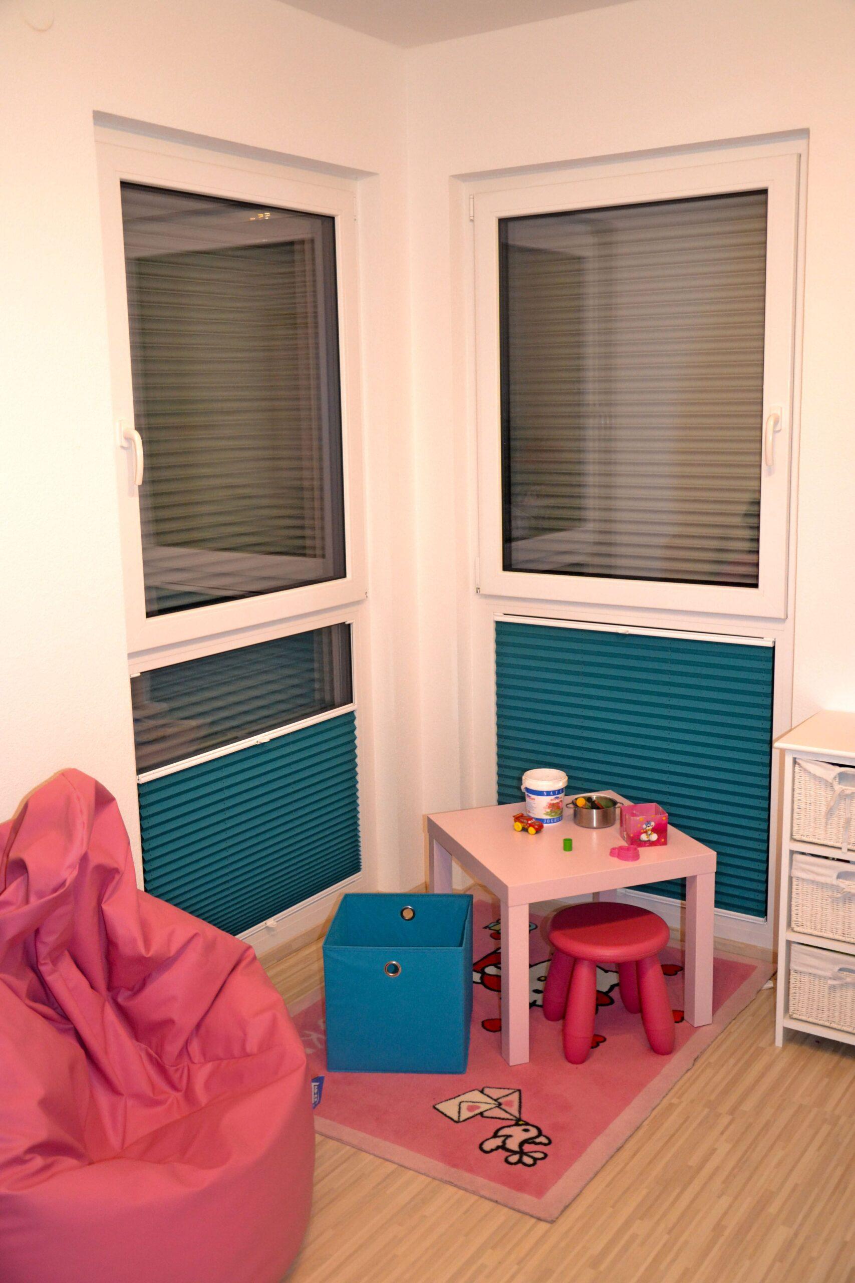 Full Size of Plissee Kinderzimmer Kind Fenster Macht Euer Zuhause Schner Regal Sofa Weiß Regale Kinderzimmer Plissee Kinderzimmer