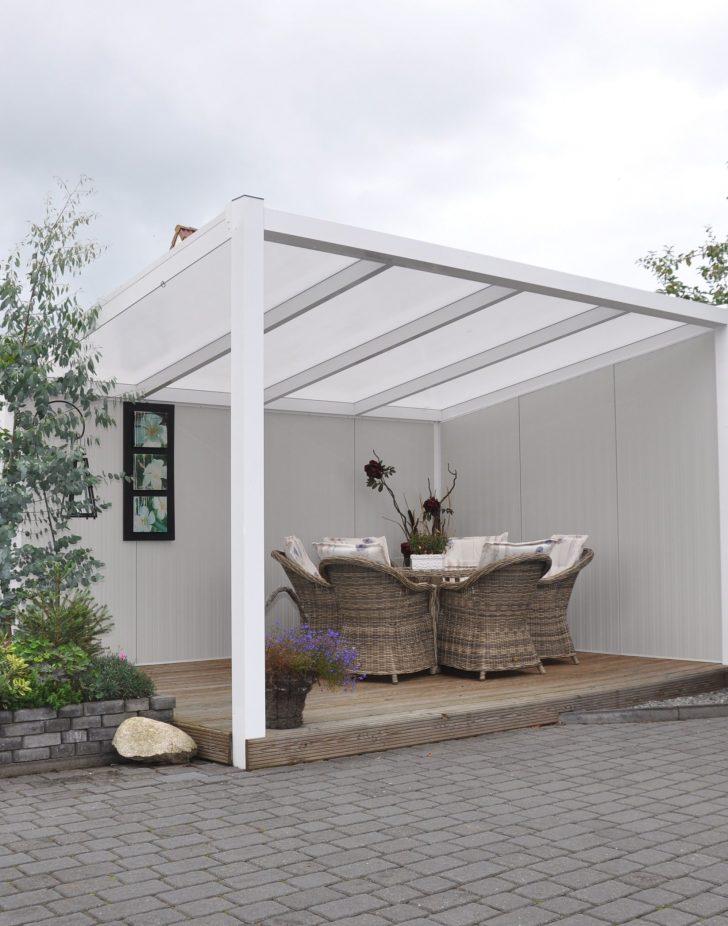 Medium Size of Garten überdachung Moderne Freistehende Terrassenberdachung Aus Aluminium In Der Wassertank Stapelstühle Spielturm Bewässerungssysteme Test Leuchtkugel Wohnzimmer Garten überdachung