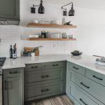 Schrankküche Ikea Helles Offenes Holzregal In Einer Bemalten Schrankkche Küche Kosten Kaufen Betten Bei 160x200 Modulküche Miniküche Sofa Mit Wohnzimmer Schrankküche Ikea