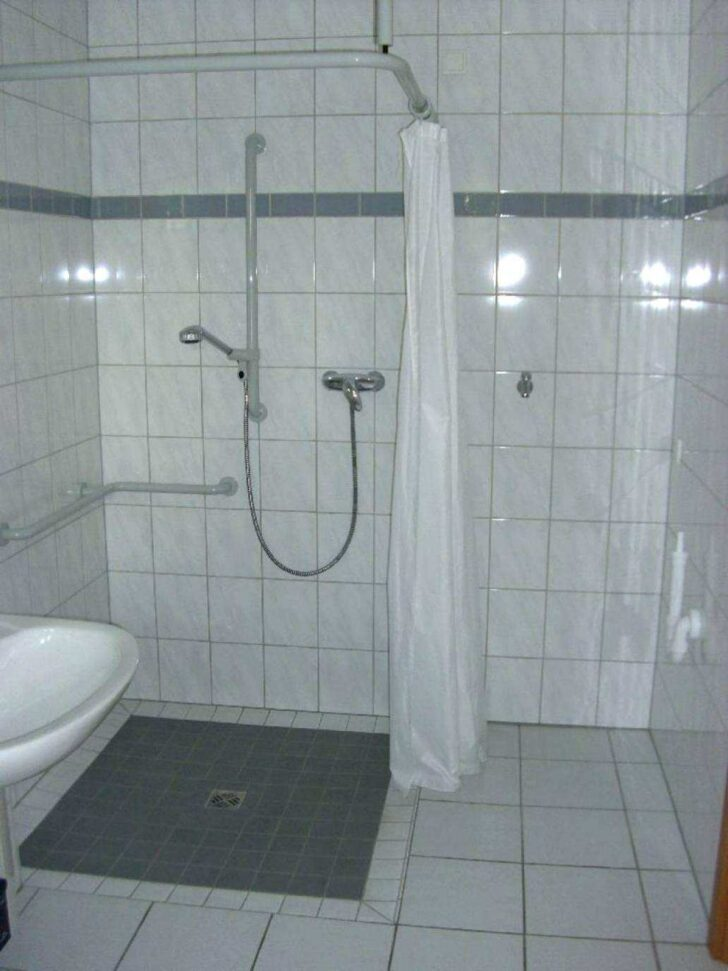 Medium Size of Dusche Ebenerdig Umbauen Badezimmer Behindertengerecht Ebenerdige Kosten Pendeltür Grohe Thermostat Begehbare 90x90 Bodengleiche Glasabtrennung Fliesen Dusche Dusche Ebenerdig