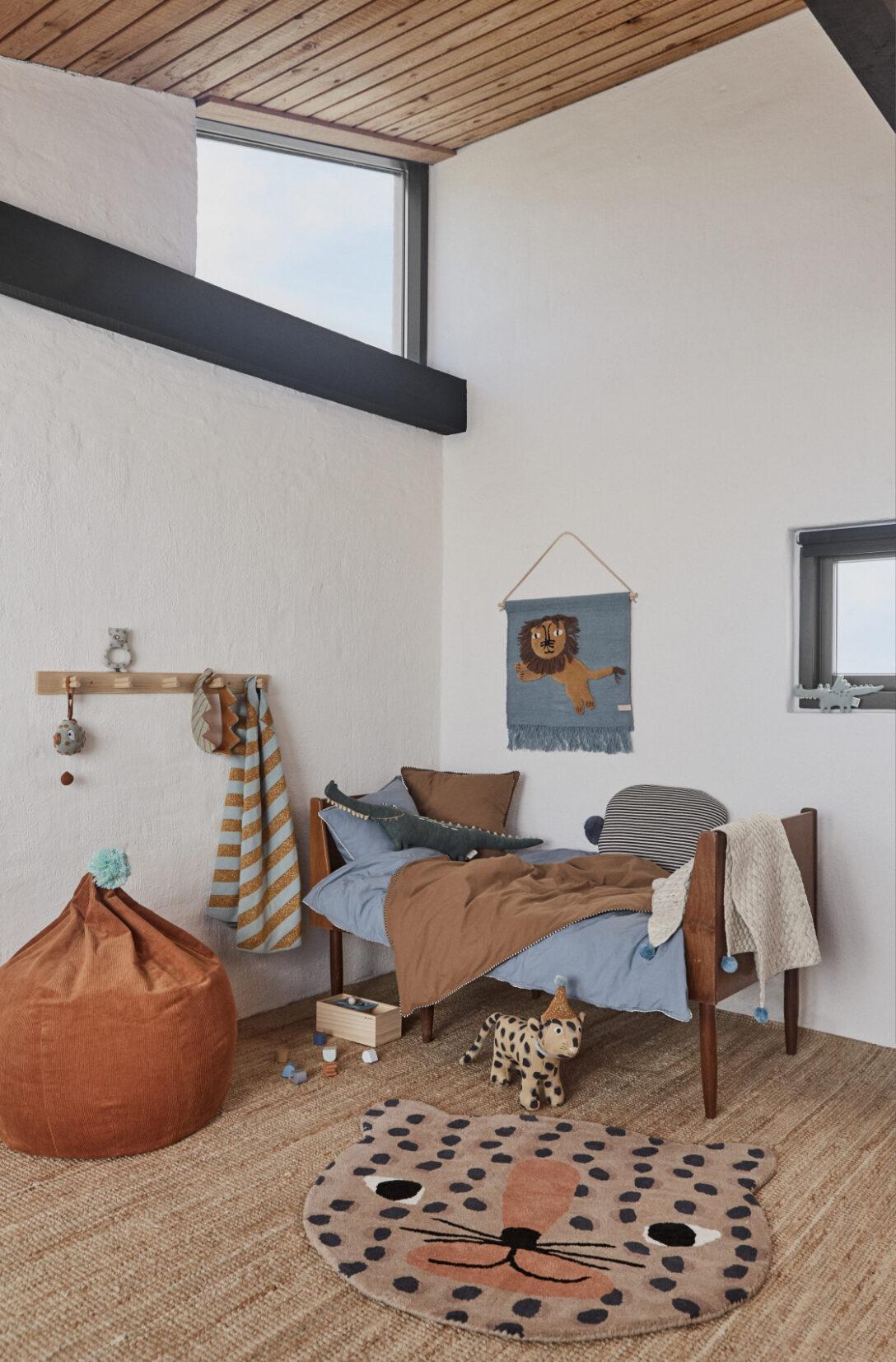 Large Size of Kinderzimmer Wanddeko Oyoy Wandteppich Lwe Rauchblau Senfgelb 52x55cm Regal Regale Sofa Küche Weiß Kinderzimmer Kinderzimmer Wanddeko