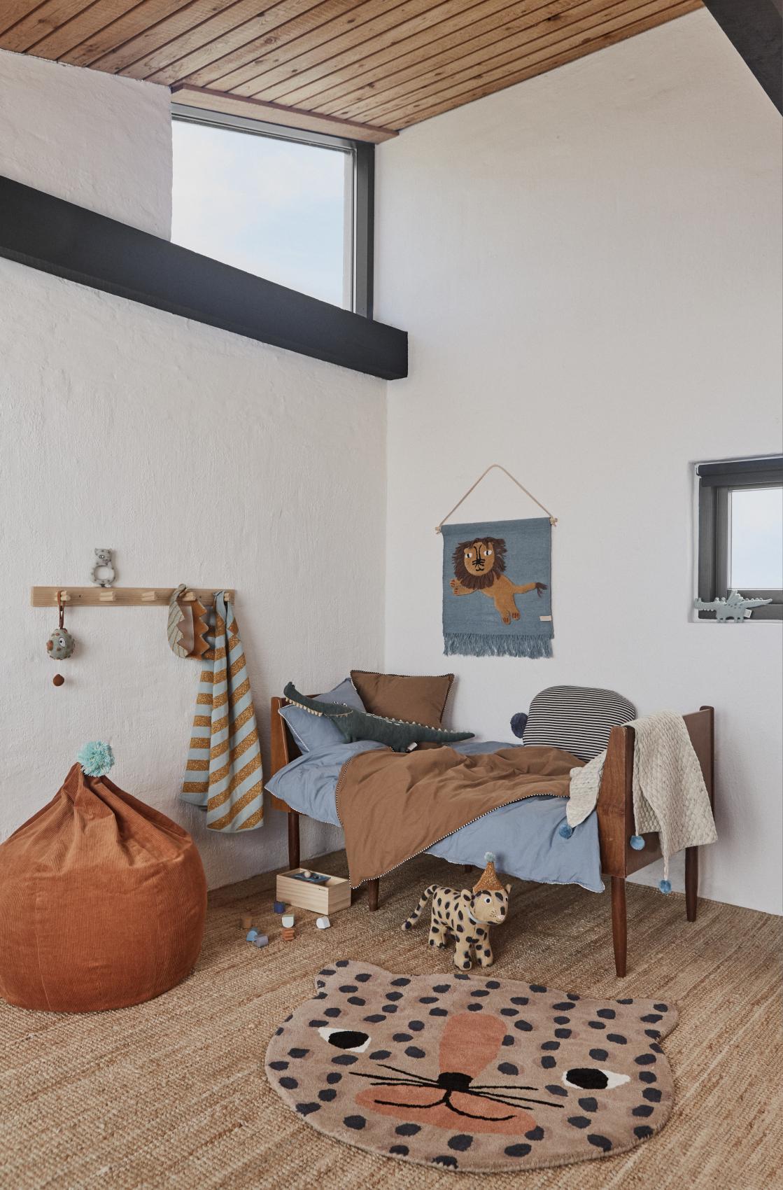 Full Size of Kinderzimmer Wanddeko Oyoy Wandteppich Lwe Rauchblau Senfgelb 52x55cm Regal Regale Sofa Küche Weiß Kinderzimmer Kinderzimmer Wanddeko