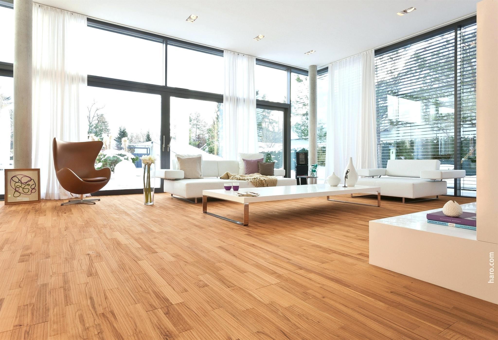 Full Size of Wohnzimmer Modern Luxus Bilder Holz Grau Gestalten Dekoration Ideen Dekorieren Modernisieren Einrichten Streichen Stehlampe Schrank Esstisch Wohnwand Tapeten Wohnzimmer Wohnzimmer Modern