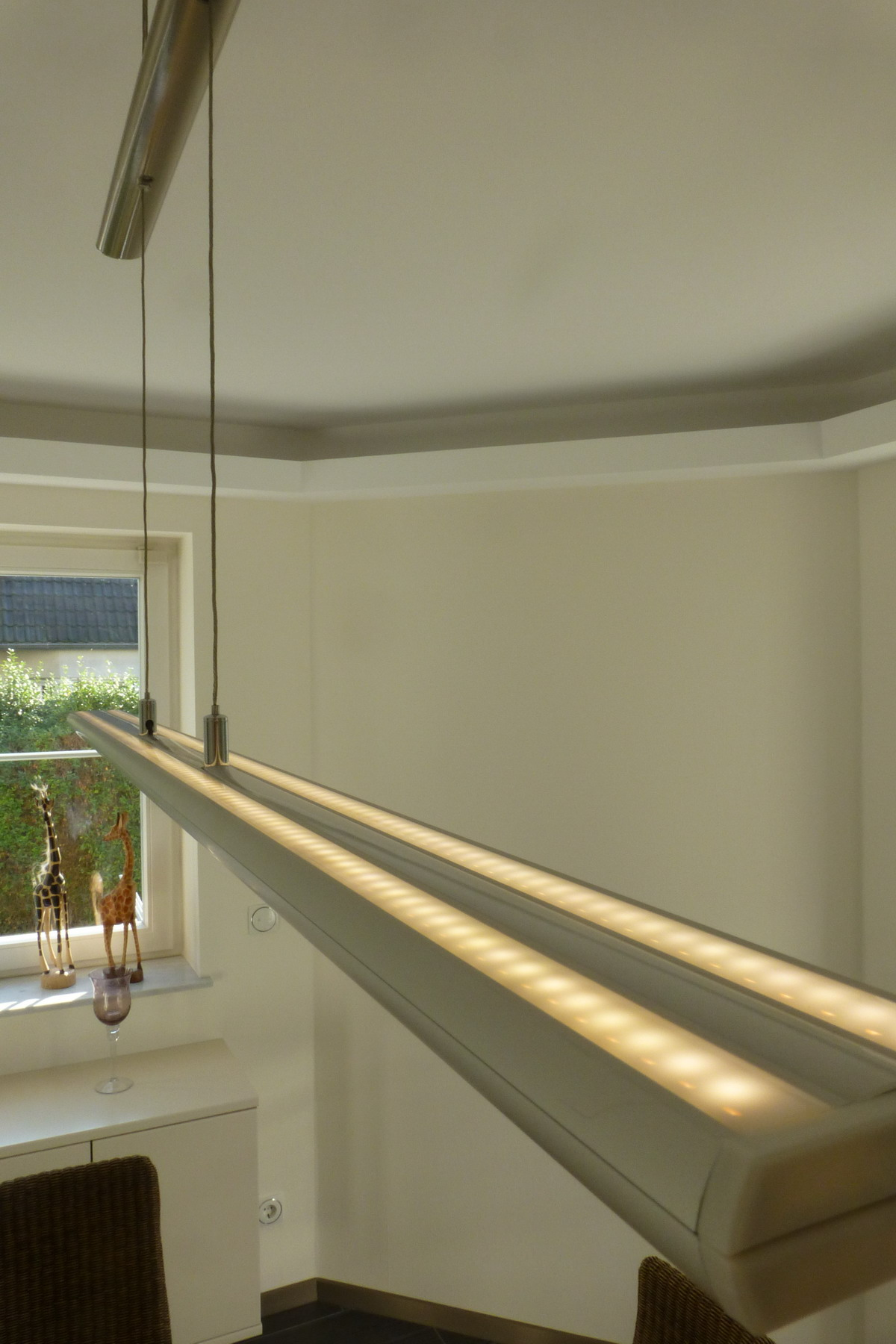 Full Size of Esstisch 2m Diy Led Wohnzimmer Leuchte Lampen Grau 120x80 Skandinavisch Shabby Ausziehbarer 160 Ausziehbar Rustikal Holz Massiv Rund Mit Stühlen Massivholz Esstische Esstisch 2m