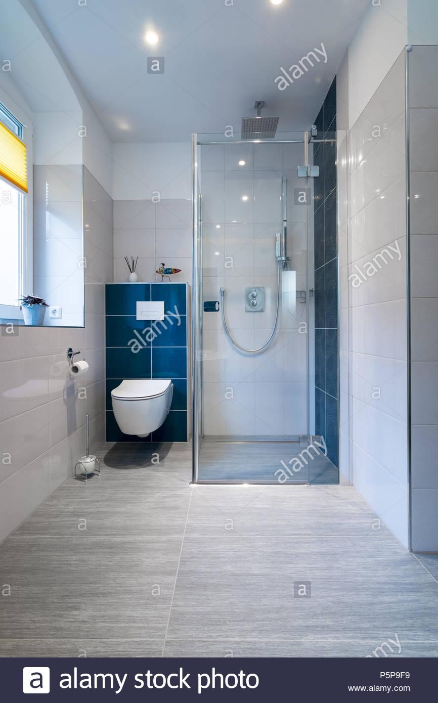 Full Size of Mosaik Fliesen Dusche Rutschfest Rutschfestigkeitsklassen Naturstein Reinigen Hausmittel Verlegen Schimmel Versiegeln Machen In Der Streichen Rutschfeste Dusche Fliesen Dusche