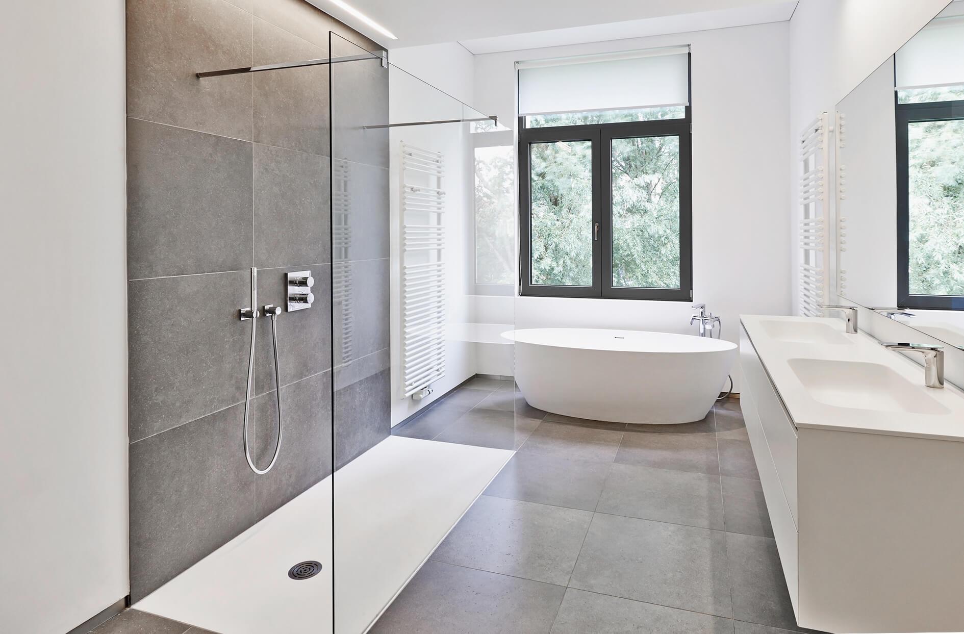 Full Size of Begehbare Dusche Hüppe Bodengleiche Einbauen Badewanne Mit Tür Und Glasabtrennung Fliesen Unterputz Duschen 80x80 Bluetooth Lautsprecher Siphon Komplett Set Dusche Begehbare Dusche
