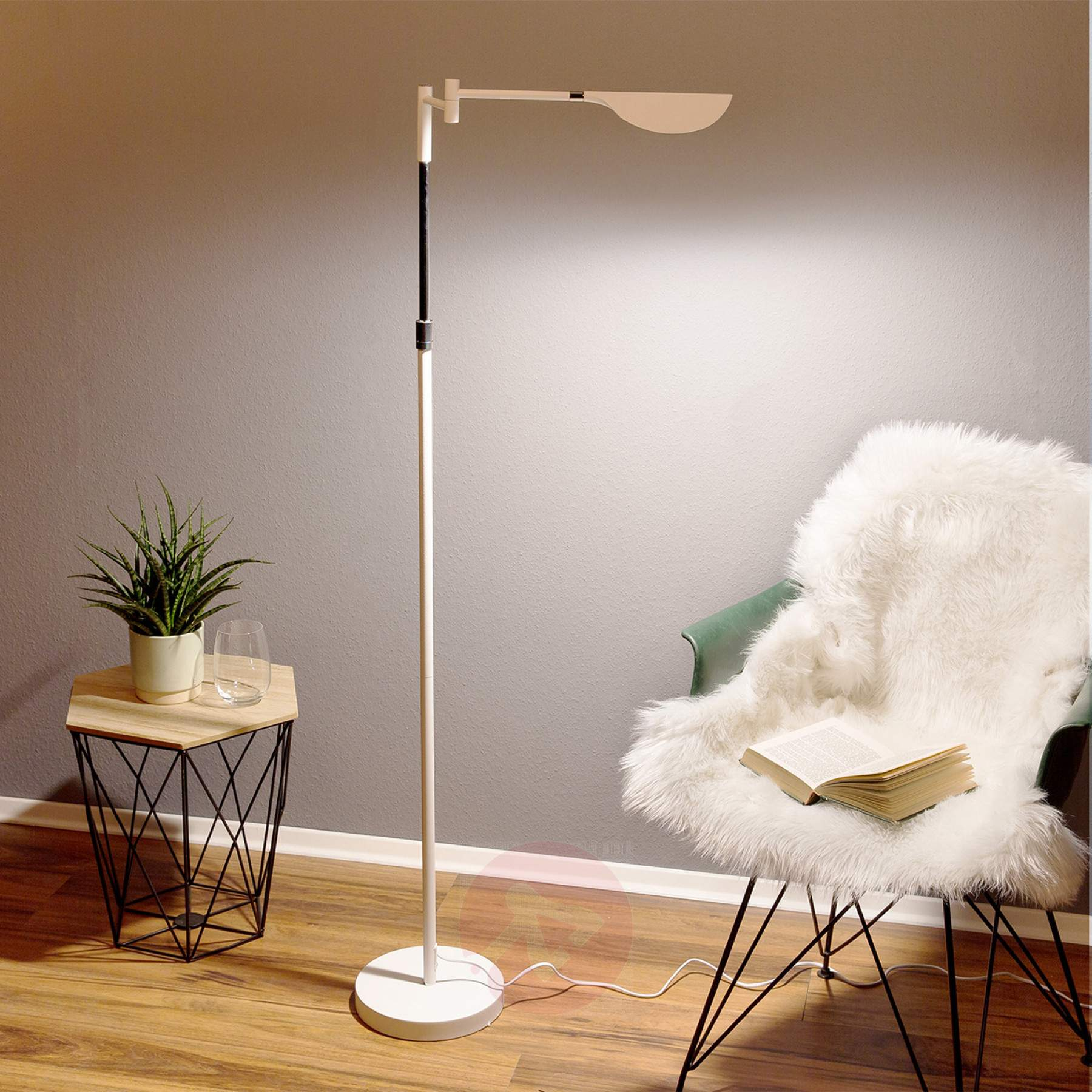 Full Size of Stehlampe Dimmbar Led Finnley Stehlampen Wohnzimmer Schlafzimmer Wohnzimmer Stehlampe Dimmbar