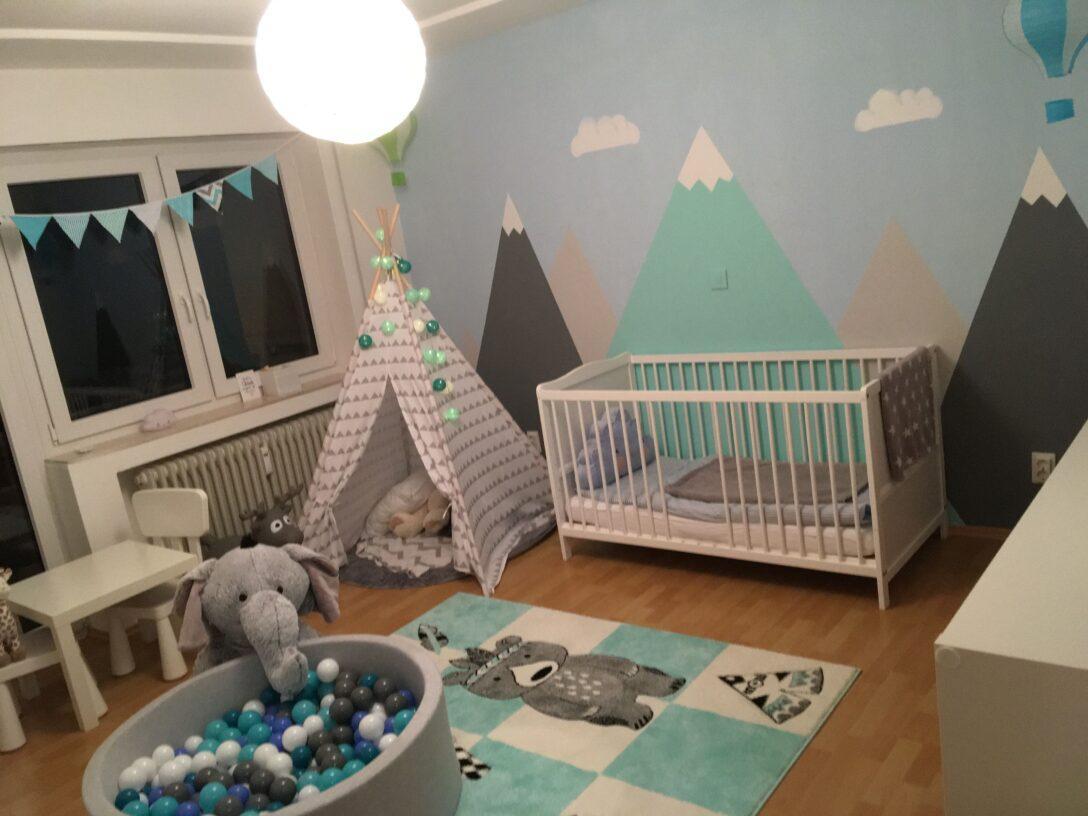 Large Size of Kinderzimmer Jungen Junge Berge Mountains Heiluftballon Tipi Indianer Regal Regale Sofa Weiß Kinderzimmer Kinderzimmer Jungen