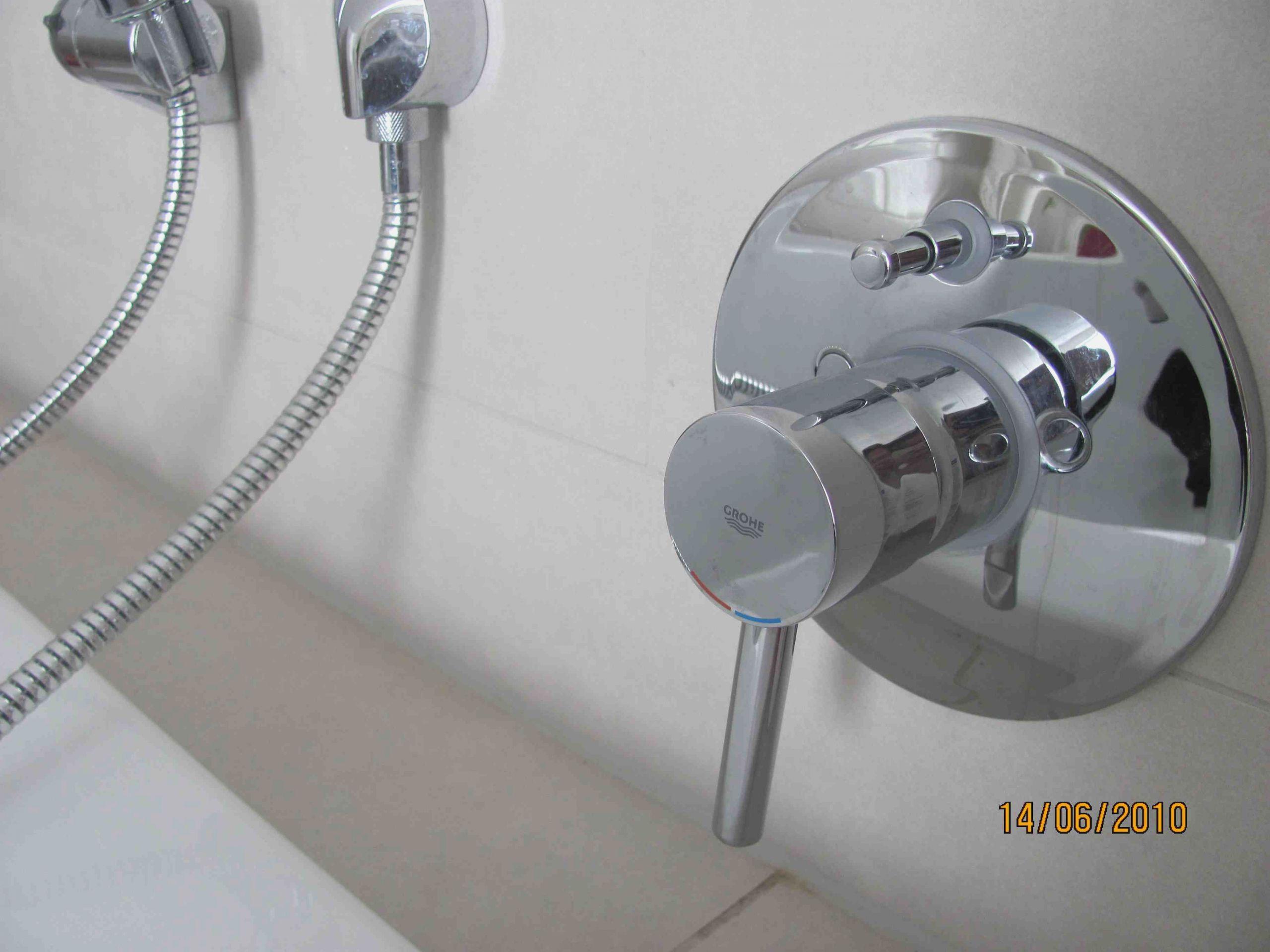Full Size of Grohe Thermostat Dusche Unterputz Sprinz Duschen Schiebetür Glaswand Glasabtrennung Bodengleiche Nischentür Badewanne Mit Komplett Set Tür Und Abfluss Dusche Grohe Thermostat Dusche