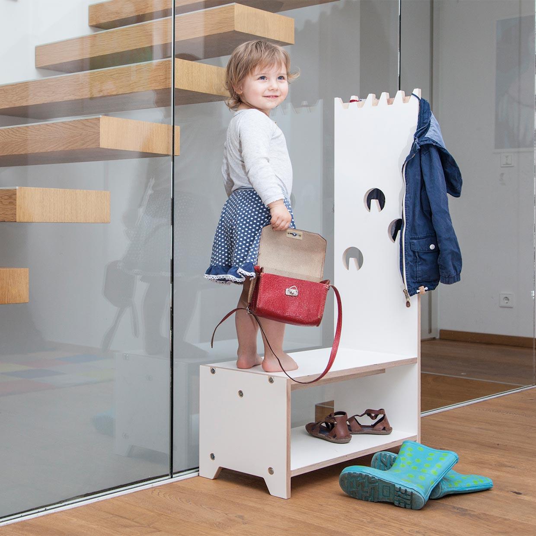 Full Size of Garderobe Kinderzimmer Dete Fr Von Regal Sofa Regale Weiß Kinderzimmer Garderobe Kinderzimmer