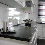 Spritzschutz Küche Wohnzimmer Spritzschutz Küche Vorratsdosen Arbeitsplatte Modulküche Ikea Eckunterschrank Grau Hochglanz Schwarze Abfallbehälter Günstig Mit Elektrogeräten Kleine L