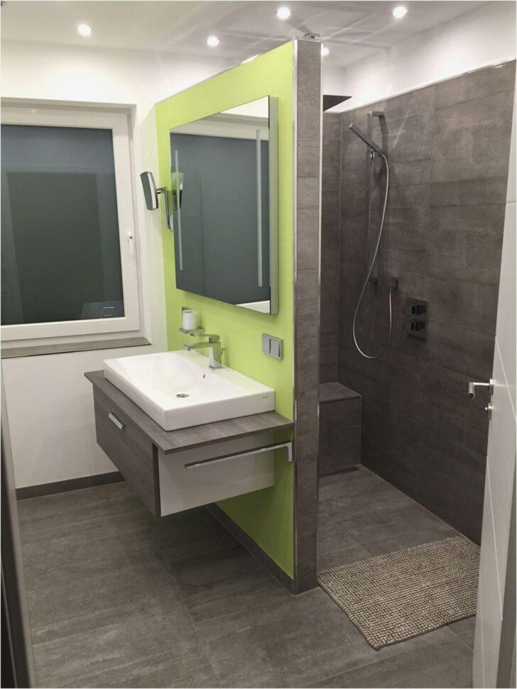 Medium Size of Ebenerdige Dusche Kleine Badezimmer Ankleidezimmer Traumhaus Bodengleiche Duschen Badewanne Barrierefreie Kaufen Schulte Nachträglich Einbauen Einhebelmischer Dusche Ebenerdige Dusche