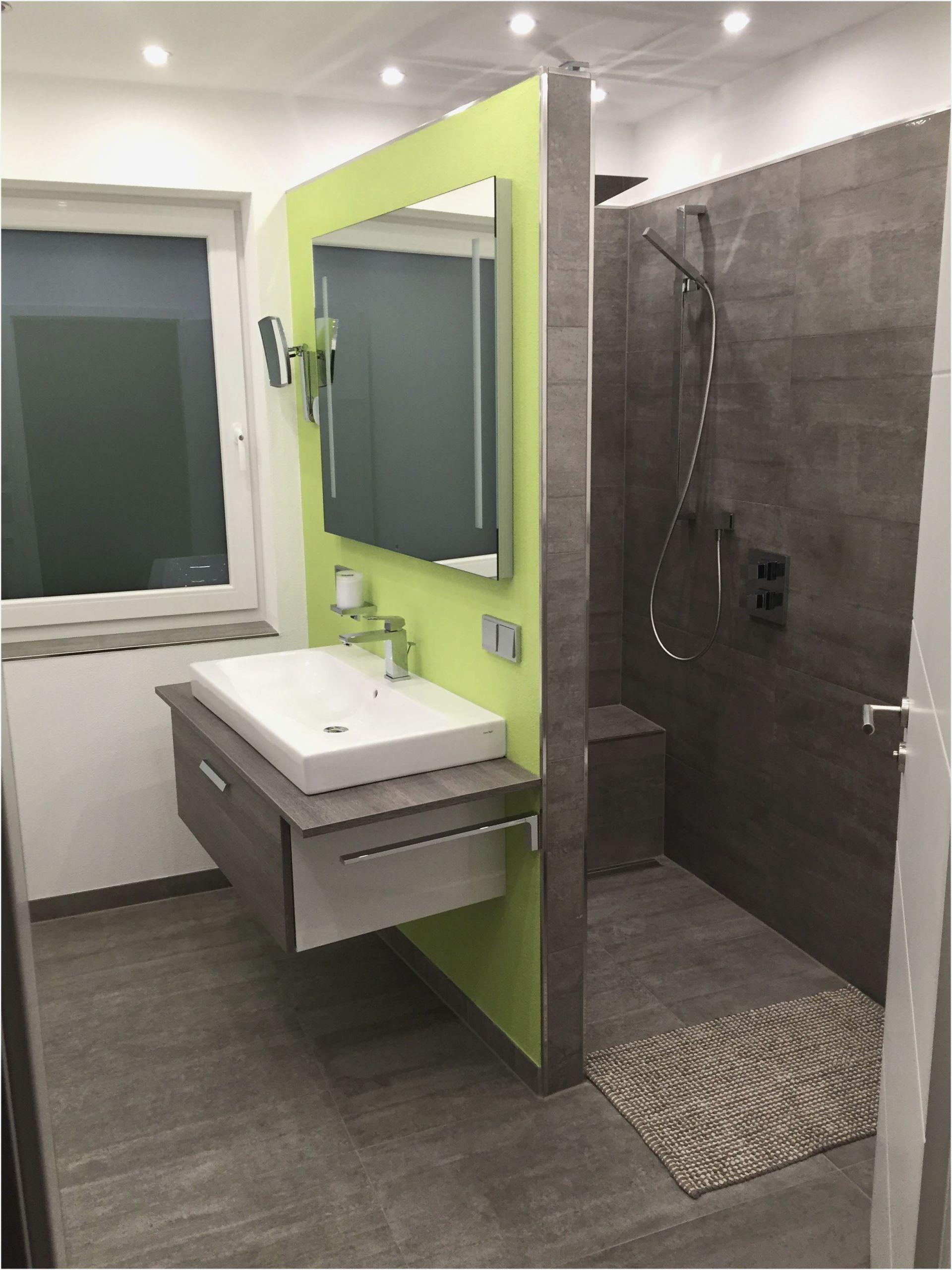 Full Size of Ebenerdige Dusche Kleine Badezimmer Ankleidezimmer Traumhaus Bodengleiche Duschen Badewanne Barrierefreie Kaufen Schulte Nachträglich Einbauen Einhebelmischer Dusche Ebenerdige Dusche