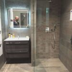 Ebenerdige Dusche Dusche Ebenerdige Dusche Badewannenumbau Zur Kosten Wand Schulte Duschen Werksverkauf Schiebetür Bodengleiche Fliesen Mischbatterie Für Rainshower Badewanne Mit