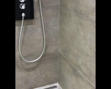 Bodenebene Dusche Dusche Bodenebene Dusche Mit Groformatigen Feinsteinzeugfliesen Und Schulte Duschen Werksverkauf Bodengleiche Einbauen Badewanne 90x90 Walkin Unterputz Abfluss