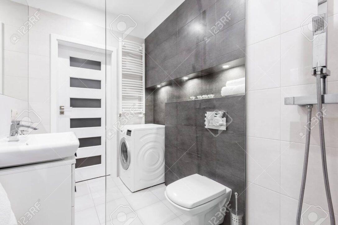 Large Size of Dusche Wand Anbauwand Wohnzimmer Trennwand Garten Bett Rückwand Walk In Begehbare Ohne Tür Eckeinstieg Haltegriff Wandarmatur Bad Dusche Dusche Wand