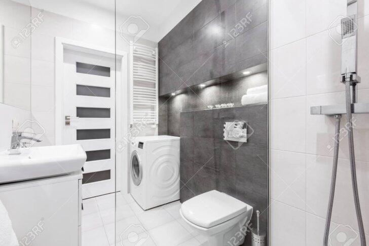 Medium Size of Dusche Wand Anbauwand Wohnzimmer Trennwand Garten Bett Rückwand Walk In Begehbare Ohne Tür Eckeinstieg Haltegriff Wandarmatur Bad Dusche Dusche Wand