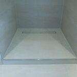 Dusche Ebenerdig Badezimmer Sanieren Unterputz Armatur Begehbare Ohne Tür Bodengleiche Fliesen Abfluss Antirutschmatte Nischentür Kaufen Badewanne Mit Und Dusche Dusche Ebenerdig