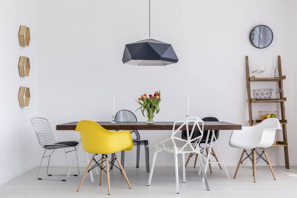 Full Size of Esstisch Sthle Mit Design Charakter Fr Unter 100 Ausziehbar Massiv Moderne Esstische Kleine Klein Pendelleuchte Stühlen Und Stühle Antik Weiß Lampen Rund Esstische Esstisch Stühle