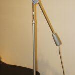 Stehlampe Modern Wohnzimmer Stehlampe Modern Stehleuchte Im Industriedesign Stehlampen Wohnzimmer Moderne Deckenleuchte Küche Weiss Tapete Modernes Bett 180x200 Schlafzimmer Sofa Bilder