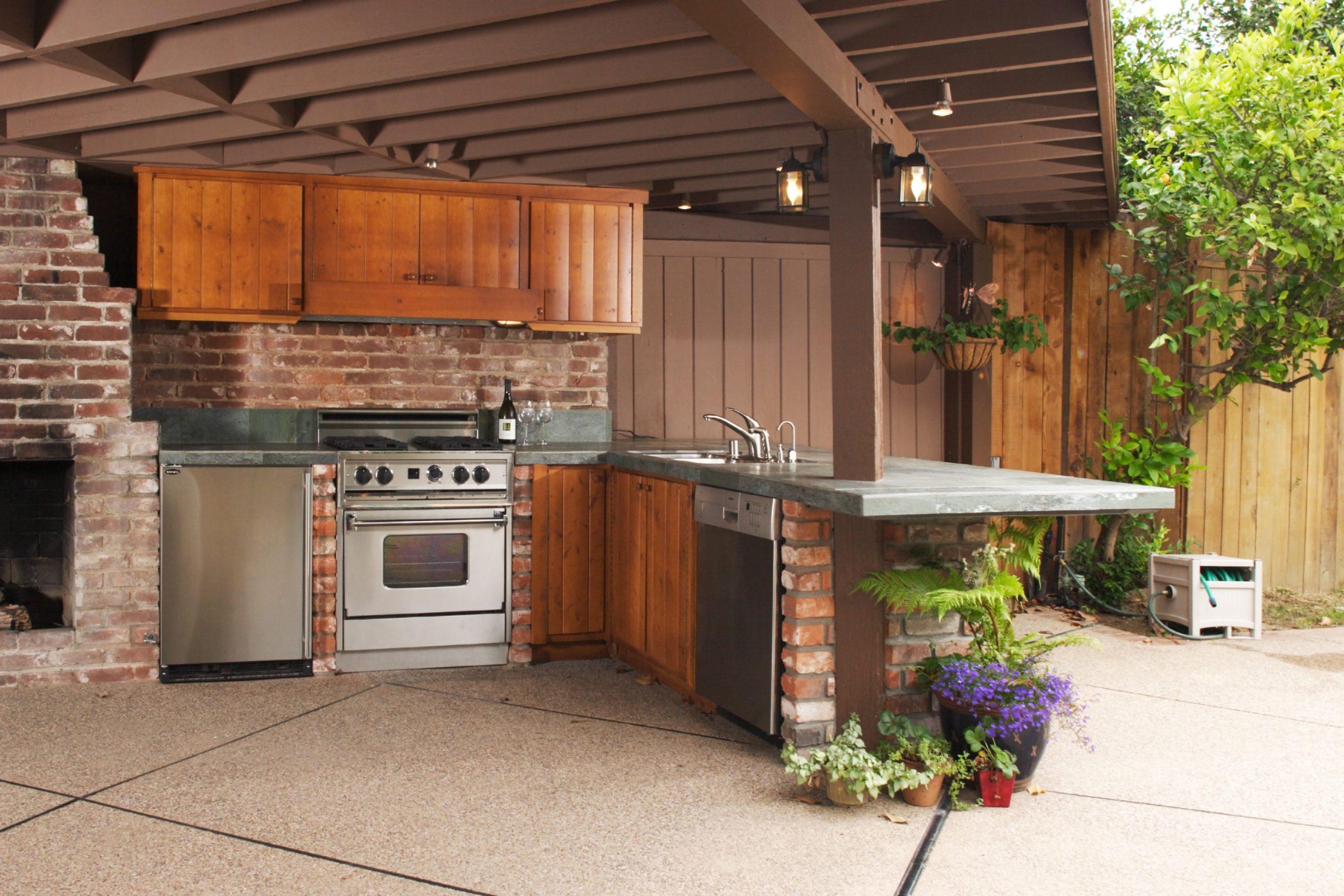 Full Size of Outdoor Küche Kche So Kocht Es Sich Drauen Wie Drinnen Einbauküche Günstig Spüle Armatur Landhausküche Teppich Grifflose Nobilia Anrichte Vinylboden Wohnzimmer Outdoor Küche