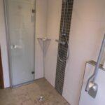 Behindertengerechte Dusche Dusche Barrierefreies Bad Barrierefreiheit Im Badezimmer Hüppe Duschen Bodenebene Dusche Glastrennwand Koralle Bodengleiche Einbauen Unterputz Armatur Zuschuss