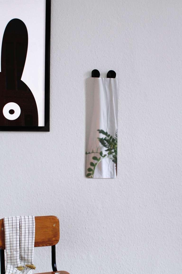 Full Size of Ikea Hack Kinderzimmerspiegel Mit Ohren Paulsvera Bad Spiegelschrank Beleuchtung Badezimmer Fliesenspiegel Küche Glas Led Spiegelleuchte Kinderzimmer Regal Kinderzimmer Spiegel Kinderzimmer