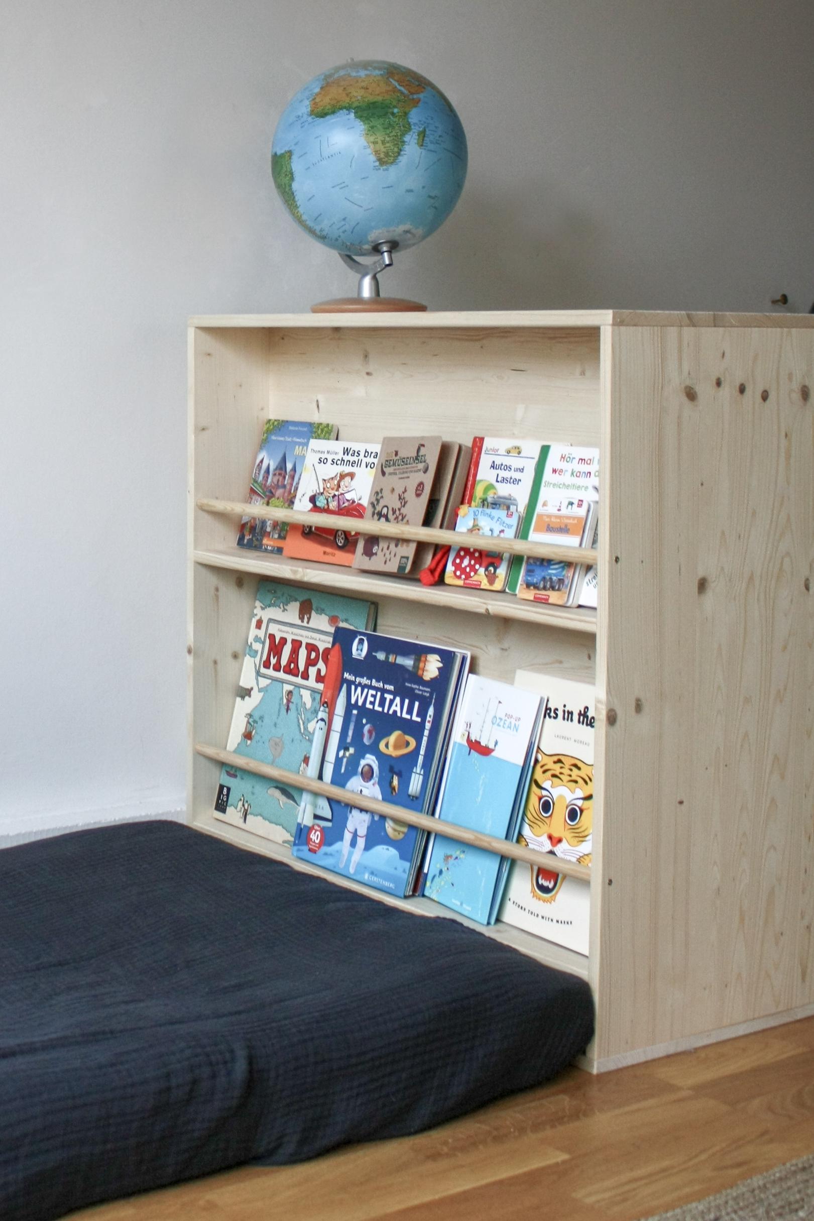 Full Size of Kinderzimmer Bücherregal Diy Montessori Mbel Selber Bauen Kleiderschrank Und Bcherregal Regal Weiß Regale Sofa Kinderzimmer Kinderzimmer Bücherregal