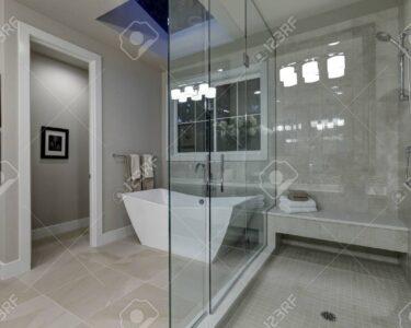 Begehbare Duschen Dusche Erstaunlich Grau Master Bad Mit Groen Glas Begehbare Dusche Schulte Duschen Werksverkauf Breuer Ohne Tür Fliesen Hsk Sprinz Kaufen Hüppe