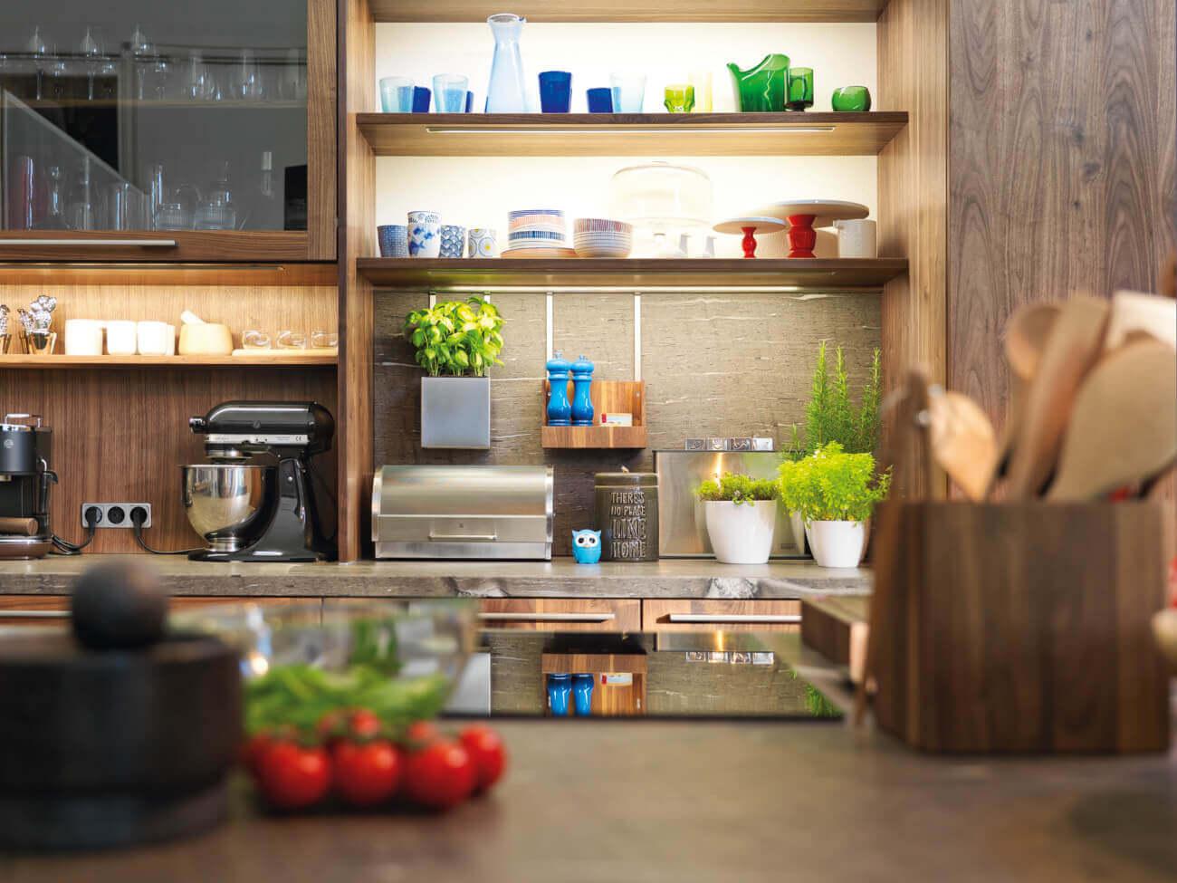 Full Size of Lampe Küche Kchenplanung Und Beleuchtung Das Richtige Licht In Der Kche Büroküche Gebrauchte Barhocker Hochglanz Anrichte Mit Geräten Tapeten Für Wohnzimmer Lampe Küche