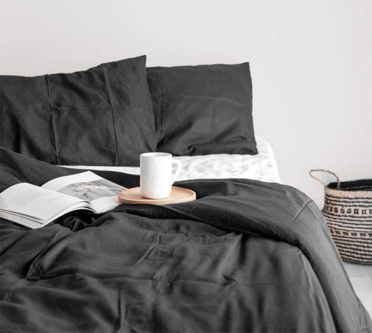 Medium Size of Schlafzimmer Landhausstil Romantische Kommode Weiß Landhaus Wandlampe Kronleuchter Regal Deckenleuchte Fototapete Klimagerät Für Wandtattoos Stuhl Wohnzimmer Schlafzimmer Gestalten