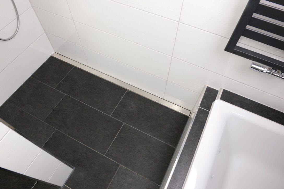 Large Size of Bodengleiche Duschrinnen Dusche Bodengleich Moderne Duschen Einbauen Bad Renovieren Ohne Fliesen In Holzoptik Glaswand Nachträglich Grohe Abfluss Dusche Bodengleiche Dusche Fliesen