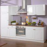 Küchen Wohnzimmer Kchen Block Light In Wei Im Landhausstil Wohnende Küchen Regal