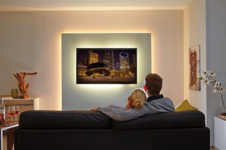Medium Size of Beleuchtung Wohnzimmer Spots Indirekte Wohnwand Led Selber Bauen Planen Mit Leiste Tipps Wohnrume Stripes Und Lichtleisten Von Paulmann Wohnzimmer Wohnzimmer Beleuchtung