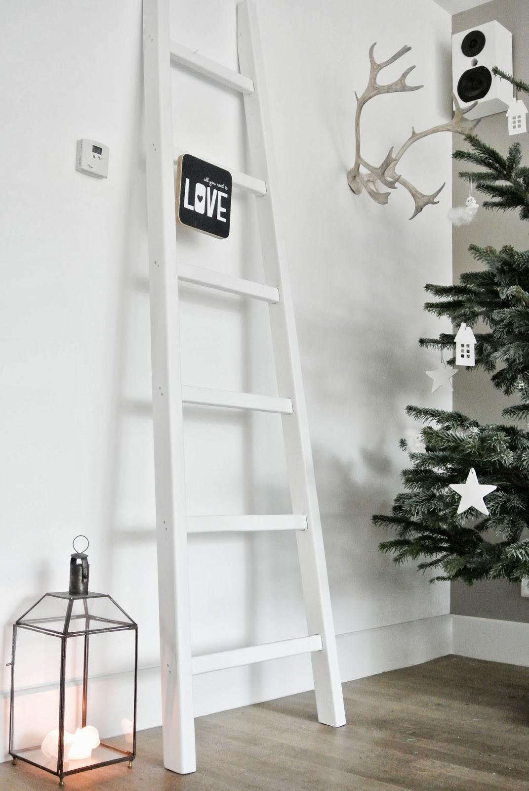 Full Size of Wohnzimmer Dekorieren Weihnachtlich Wohnkonfetti Teppich Bilder Xxl Großes Bild Gardinen Für Wohnwand Deckenleuchten Vitrine Weiß Stehlampe Deko Tischlampe Wohnzimmer Wohnzimmer Dekorieren