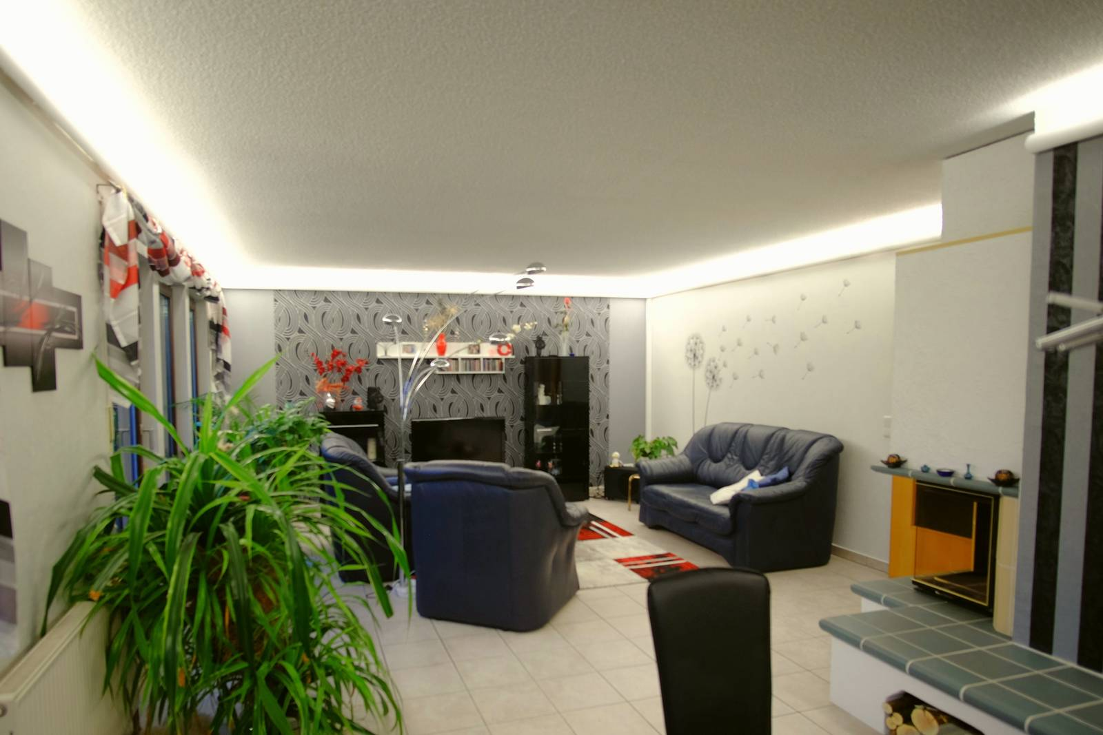 Full Size of Wohnzimmer Beleuchtung Led Tipps Indirekte Indirekt Lumen Planen Spots Lampen Wand Decke Ideen Mit Vorher Nachher Deckenleuchte Badezimmer Hängeschrank Wohnzimmer Wohnzimmer Beleuchtung
