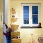 Plissee Kinderzimmer Kinderzimmer Bildergalerie Plissee Wabenplissee Rollomeisterde Regale Kinderzimmer Regal Weiß Fenster Sofa