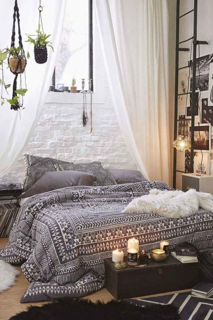 Medium Size of Schlafzimmer Gestalten Bohemian Style Fr Ein Romantisches In Wei 49 Günstig Set Gardinen Sessel Komplett Mit Lattenrost Und Matratze Lampen Teppich Wohnzimmer Schlafzimmer Gestalten
