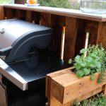 Bar Aus Paletten Selber Bauen Holzregal Küche L Mit Elektrogeräten Schrankküche Einhebelmischer Gardinen Für Die Hängeregal Sitzecke Wasserhahn Wohnzimmer Outdoor Küche Ikea