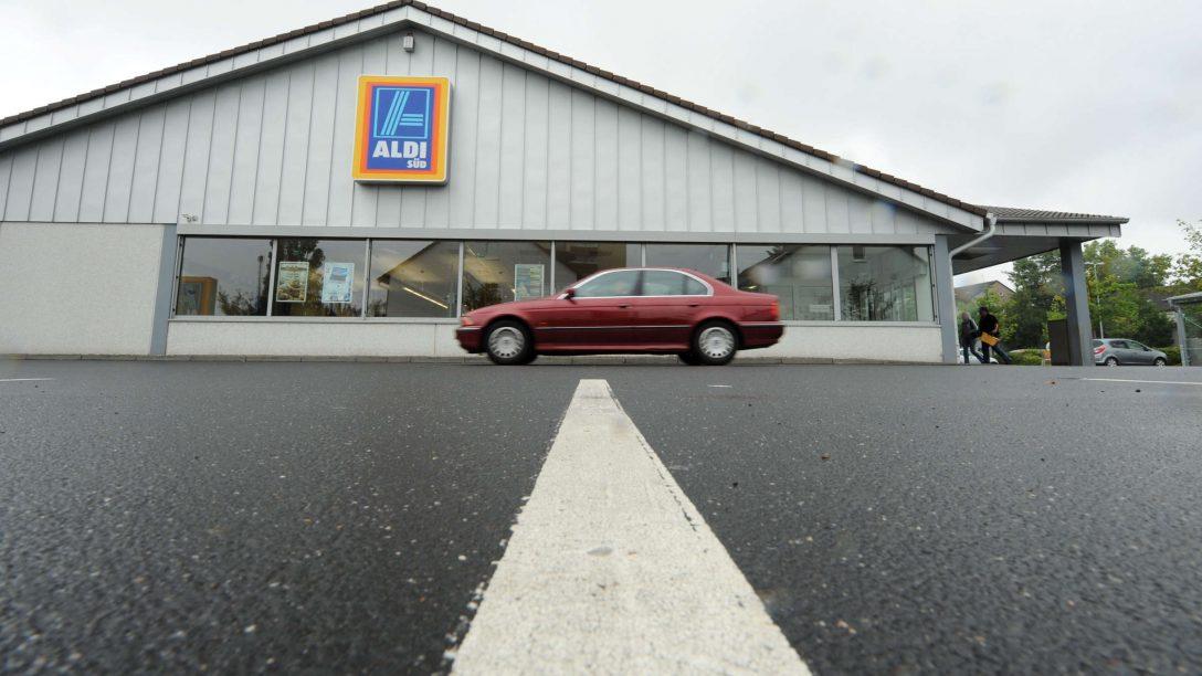 Large Size of Aldi Deshalb Muss Ein Mann 20 Euro Bugeld Zahlen Auto Relaxsessel Garten Liegestuhl Wohnzimmer Liegestuhl Aldi