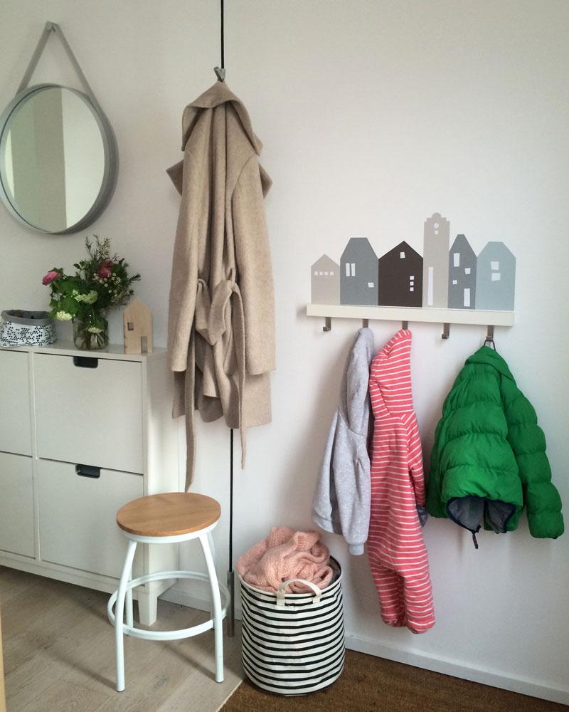Full Size of Ikea Garderobe Besten 25 Kindergarderobe Ideen Auf Sofa Kinderzimmer Regal Weiß Regale Kinderzimmer Garderobe Kinderzimmer