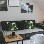 Wohnzimmer Ideen Grau Homestory Dezent In Mit Alpina Feine Farben Zeit Der Deckenleuchten Schrank Deckenlampen Deckenleuchte Teppich Schrankwand Deckenlampe Wohnzimmer Wohnzimmer Ideen Grau