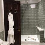 Ebenerdige Dusche Kosten Fliesen Begehbare Kaufen Für Behindertengerechte Ebenerdig Grohe Fenster Erneuern Einbauen Unterputz Wand Dusche Ebenerdige Dusche Kosten