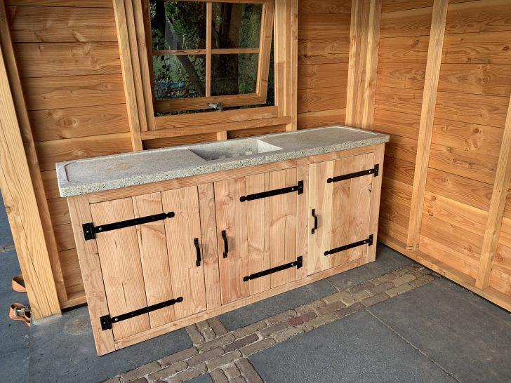 Medium Size of Outdoor Kche Aus Holz Selber Bauen Inklusive Eingebautem Grill Wellmann Küche Möbelgriffe Industrielook Behindertengerechte Deckenleuchte Einbauküche Kaufen Wohnzimmer Outdoor Küche