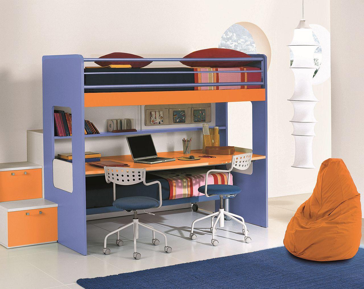Full Size of Kinderzimmer Hochbett Fr Mit Schreibtisch Traum Mbelcom Regale Regal Sofa Weiß Kinderzimmer Kinderzimmer Hochbett