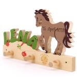 Kinderzimmer Pferd Kinderzimmer Garderobe Mit Buchstaben Pferd Ii Sofa Kinderzimmer Regal Weiß Regale