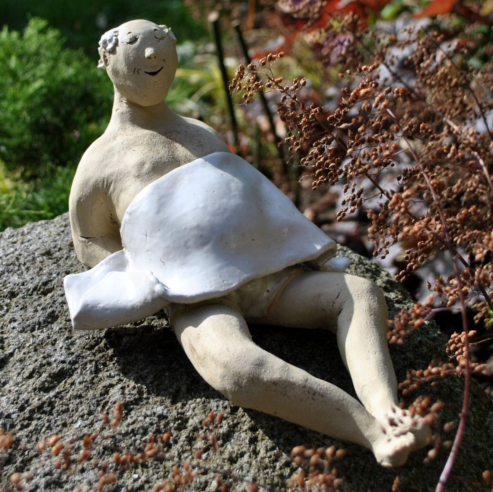 Full Size of Skulptur Garten Groe Gartenfigur Olga In 2020 Gartenskulpturen Versicherung Tisch Gaskamin Trennwand Lounge Möbel Relaxliege Sichtschutz Im Spielturm Und Wohnzimmer Skulptur Garten