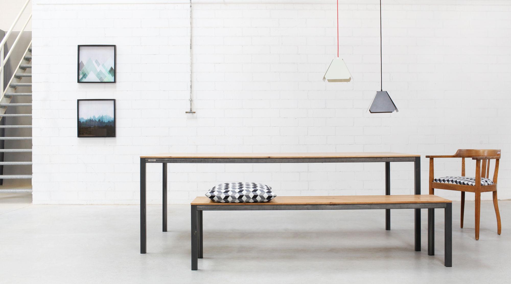 Full Size of Design Esstisch Carl Goldau Noelle Esstische Holz Designer Badezimmer Kleine Bett Modern Betten Küche Industriedesign Moderne Lampen Massivholz Esstische Esstische Design