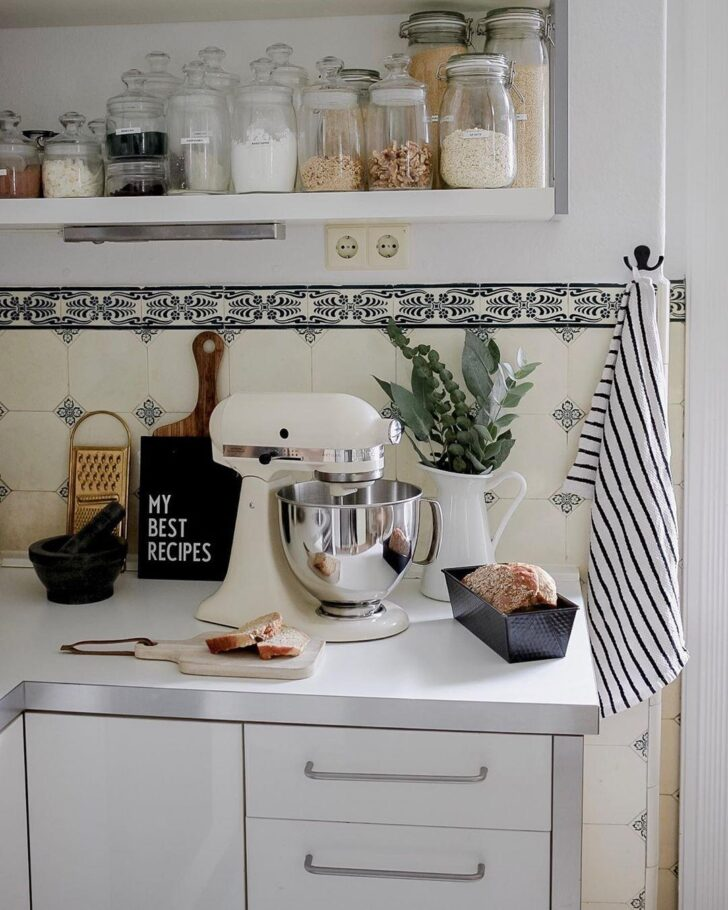 Medium Size of Küche Deko Kchendeko So Wirds Wohnlich Abfalleimer Spritzschutz Plexiglas Gardinen Für Die Single Stehhilfe Tapeten Landhausküche Pino Klapptisch Wohnzimmer Küche Deko