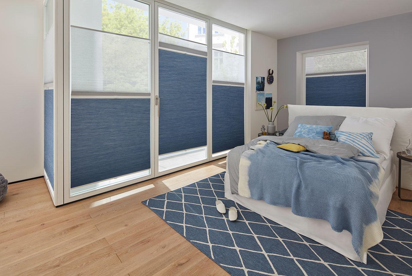 Full Size of Plissee Kinderzimmer Abdunklung Von Schlaf Und Duette Wabenplissee Fenster Regal Weiß Regale Sofa Kinderzimmer Plissee Kinderzimmer